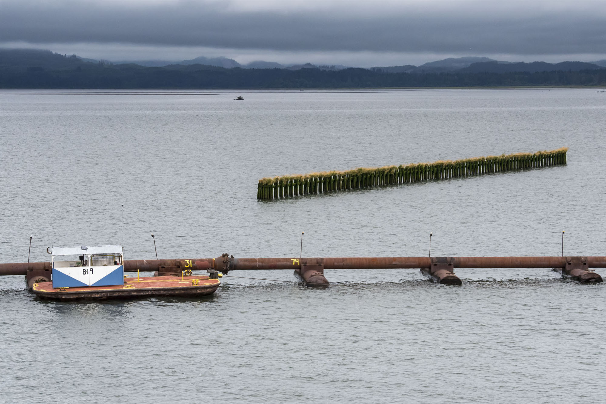 Columbia River Shipping Channel requires a lot of upkeep