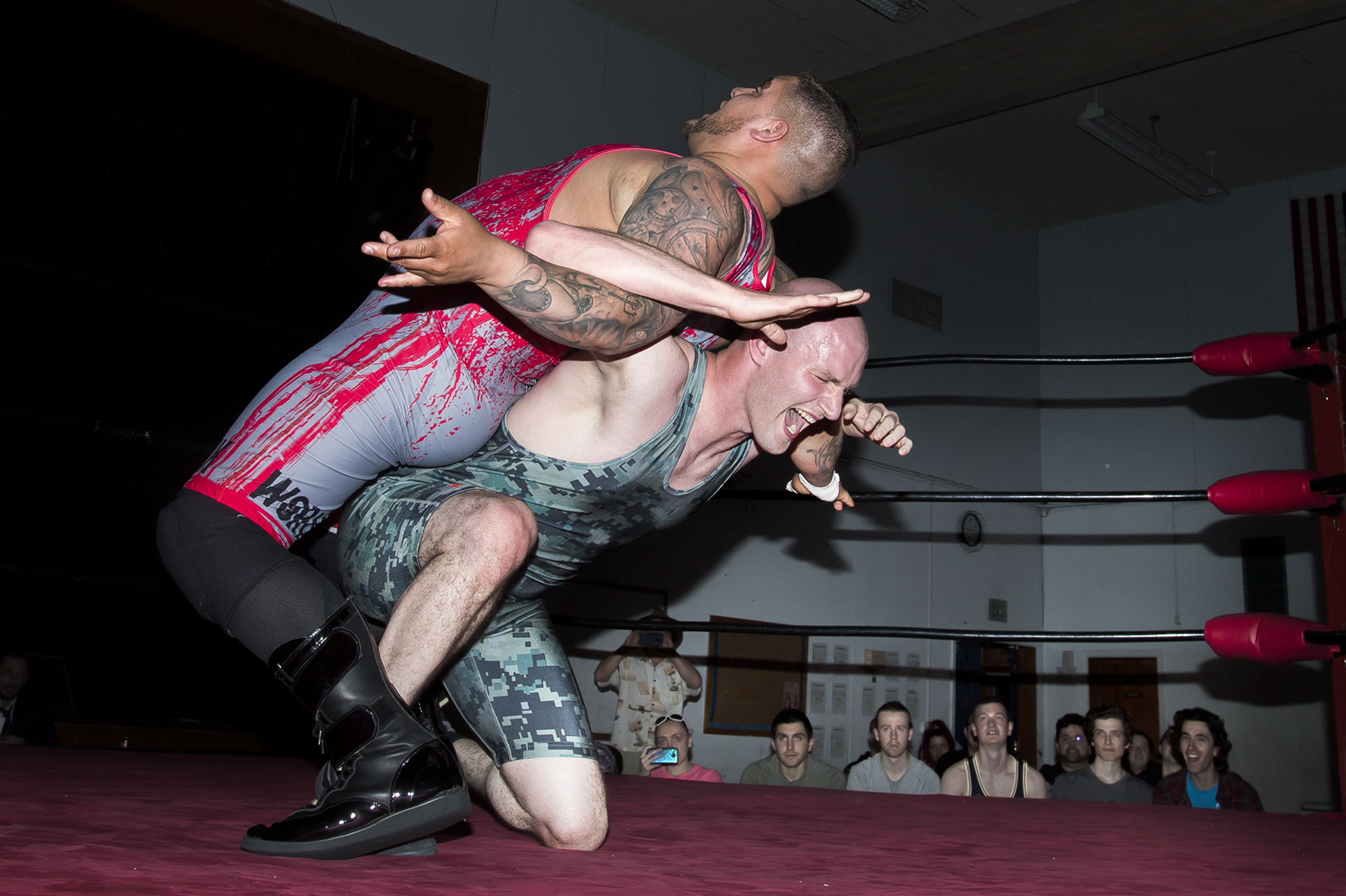 004399828-Professional-wrestler_13